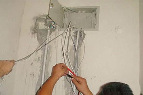 家装电工验收标准 用电安全你知道几个?