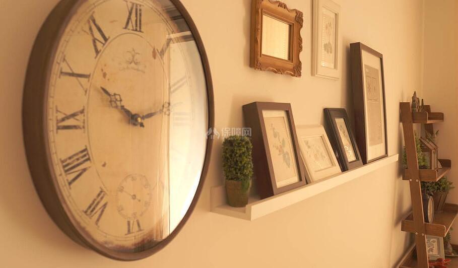 客厅钟表风水禁忌 客厅钟表摆放位置风水