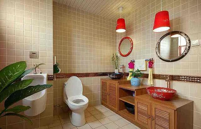 卫生间装修是装马桶好还是装蹲便器好