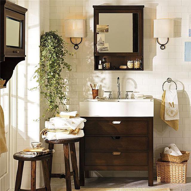 浴室柜怎么选合适自己的 这份最全浴室柜选购攻略告诉你