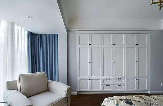 卧室衣柜现在流行这样装修设计 既省钱又可以扩大空间