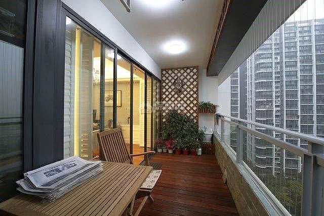 没有阳台的房子户型千万别选 不然后悔没有地方说