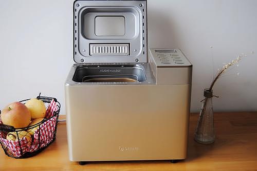 东菱面包机怎么用 东菱面包机怎么做吐司