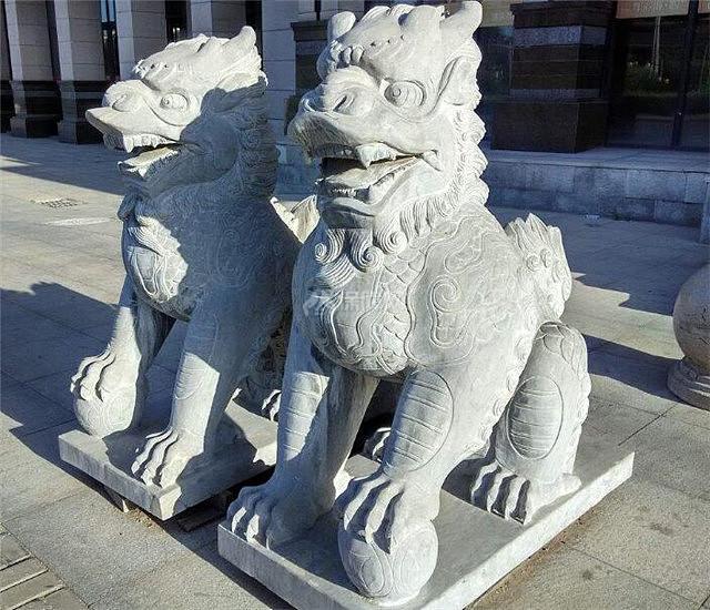 适合农村别墅门口摆放的神兽雕像风水