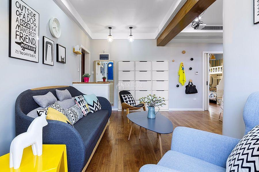 126㎡北欧风三居之沙发背景墙布置效果图