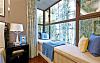 儿童房飘窗用什么材料 现在流行防腐木和马赛克飘窗
