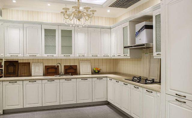 厨房橱柜加装这东西 让橱柜使用时间更加长久