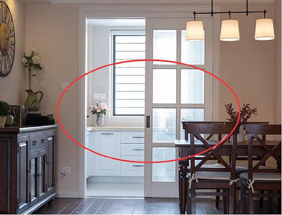 为什么厨房装修不选推拉门而用谷仓门