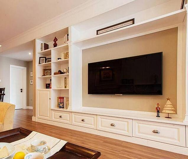 98㎡两居室新房装修设计 客厅电视墙非常大气
