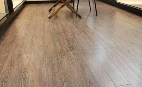 现代家居装修都流行装木纹砖 省钱美观易清洁