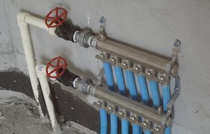 �l生�g水管安�b�得要做一��分水器 �砹私庖幌滤�的作用