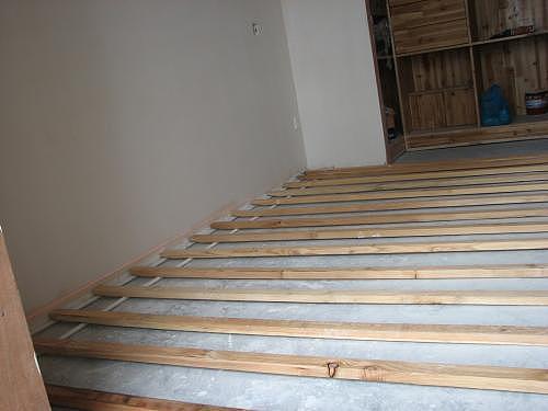 实木地板龙骨铺设安装方法 安装实木地板注意事项