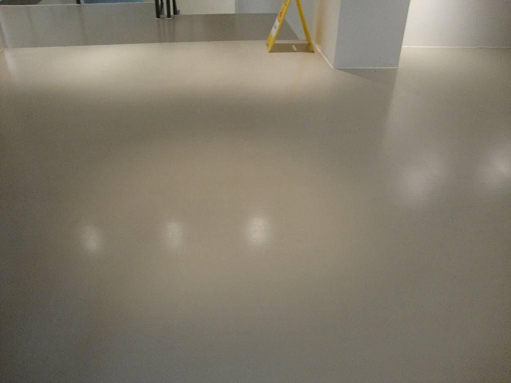 水泥自流平多少钱一平米 水泥自流平施工工艺