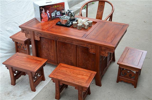 老榆木茶桌价格是多少 老榆木家具的优缺点介绍