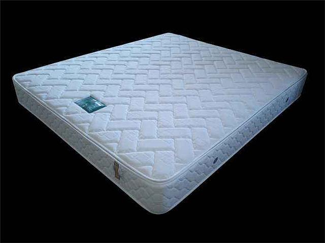 依丽兰床垫怎么样 依丽兰床垫报价多少