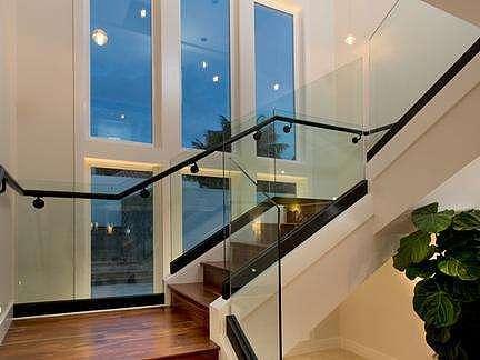 玻璃楼梯扶手安装步骤都有哪些