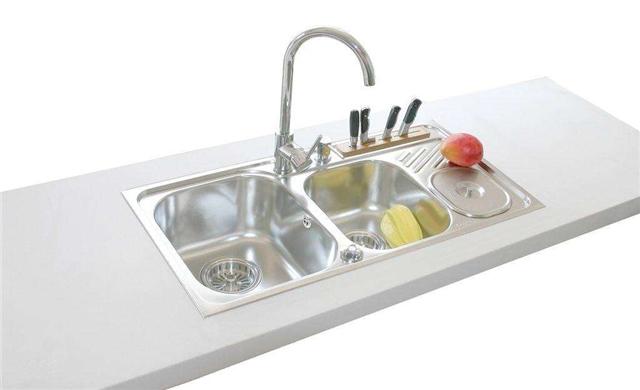 厨房水槽选台上盆好还是台下盆好