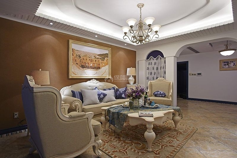 125㎡地中海风格三居之沙发茶几摆放效果图