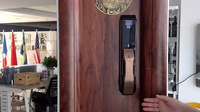 防盗门的材质分类与防盗门保养