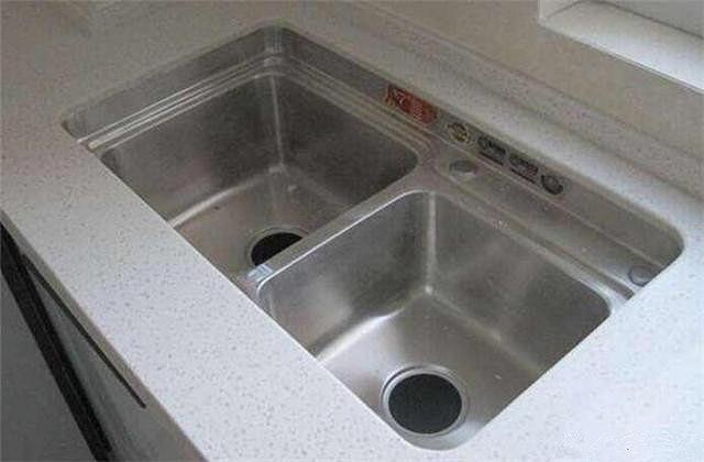 台下盆怎么安装更牢固 原来需要用这种胶水
