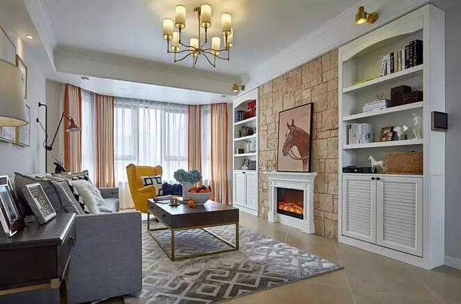 130㎡现代美式风 砖色的电视墙做了壁炉造型图片