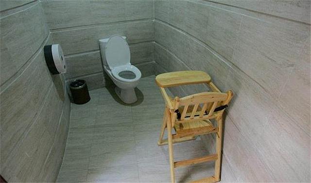 卫生间用什么垃圾桶 卫生间有必要放垃圾桶吗