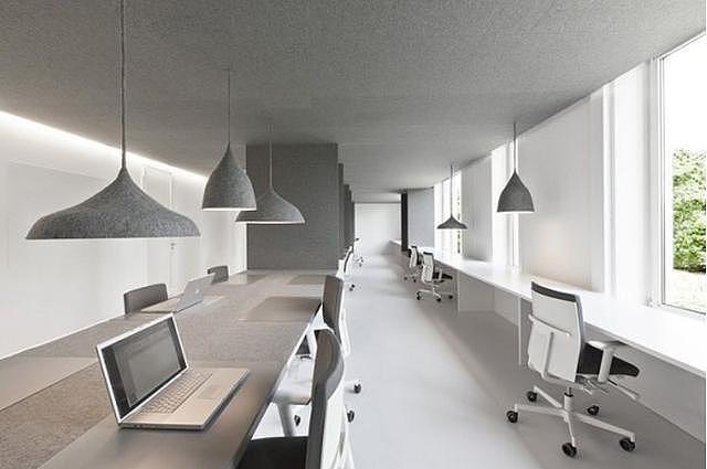 高级灰办公室装修设计 是你所想要的吗?