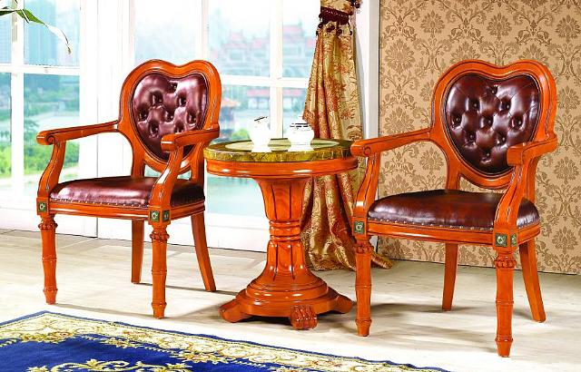 实木沙发椅的搭配与摆放技巧都有哪些呢?