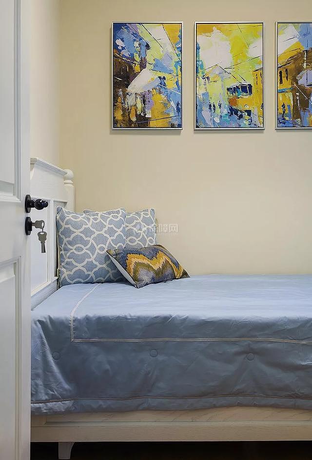 89㎡现代美式两居之次卧墙画装饰效果图