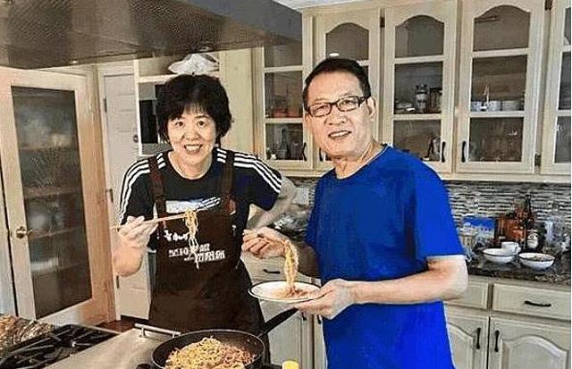 女排主帅郎平豪宅曝光,厨房设计有亮点,郎平丈夫王育成照片