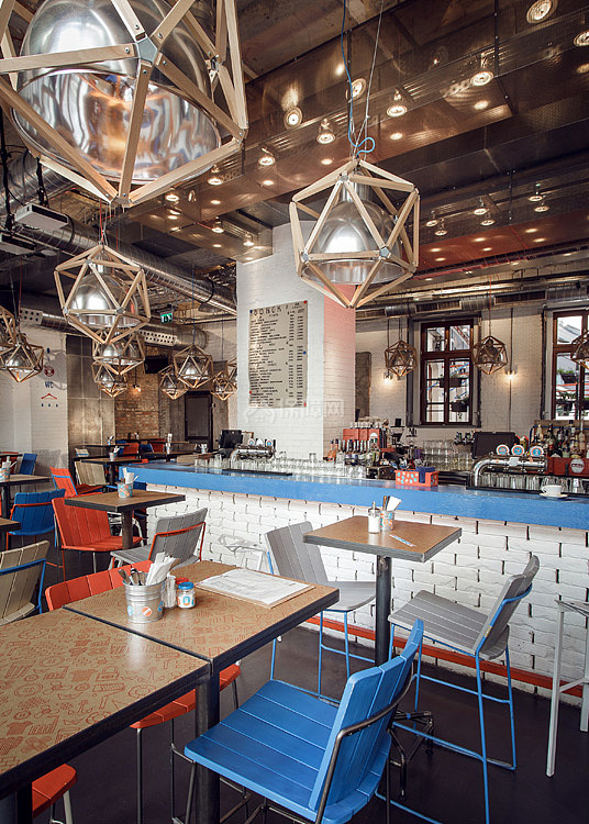 Kolor酒吧餐厅之一层用餐区布置效果图