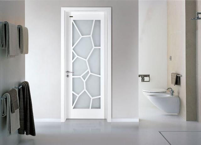 卫生间适合装什么门 平开门折叠门还是吊轨门