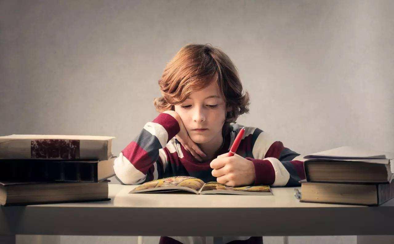 小孩书桌的风水禁忌有哪些