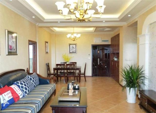 80平简欧风格两室两厅设计 阳台超大能放假山