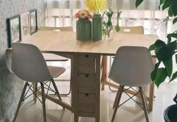 小户型餐桌应该选圆形、方形?其实这样设计,既省心又省地