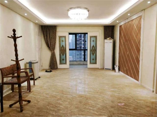 130平簡歐風格三室兩廳大戶 硬裝設計很溫馨