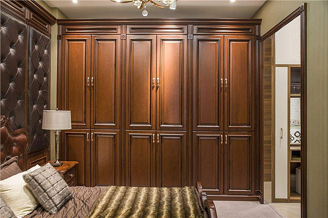 移门衣柜关不紧不耐用 衣柜最好装平开门