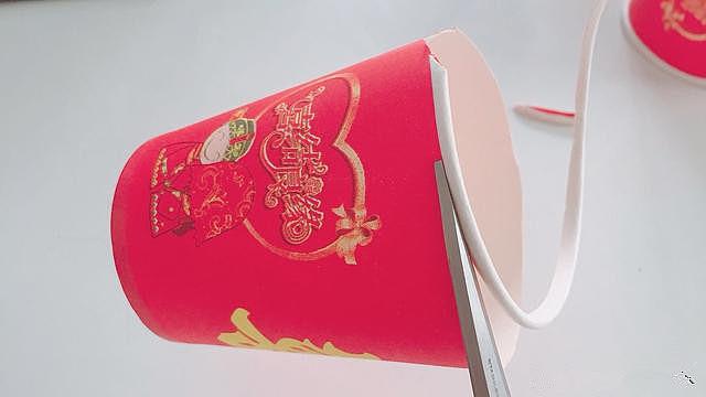 手工diy:元宵节儿童diy纸杯灯笼的制作方法