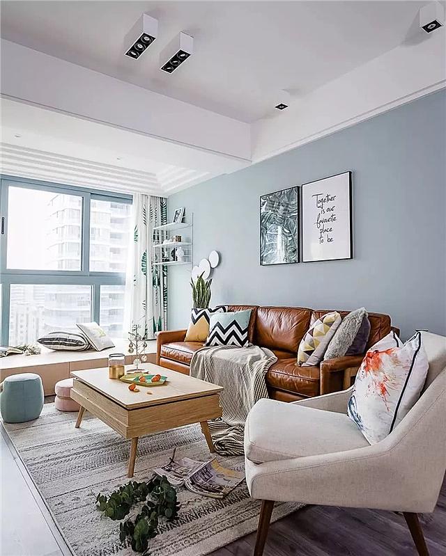 客厅有横梁怎么装修 不用装吊顶也可以很好看