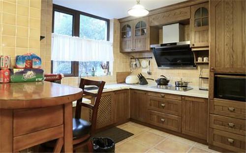 厨房灶台的最佳朝向 厨房灶台怎么设计