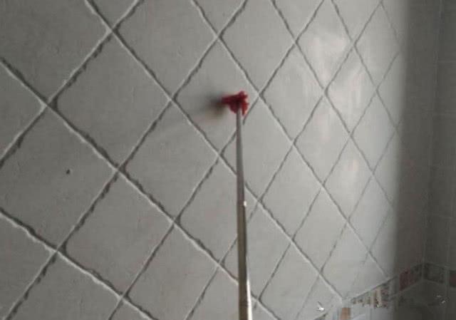 业主验收瓷砖注意这些细节 可以使用这些工具