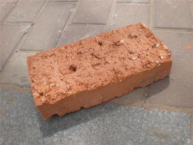 红砖头黑心是旧砖还是质量不合格 装修师傅这样解释