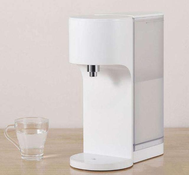 云米饮水机好用吗 简约时尚设计喝热水不必等