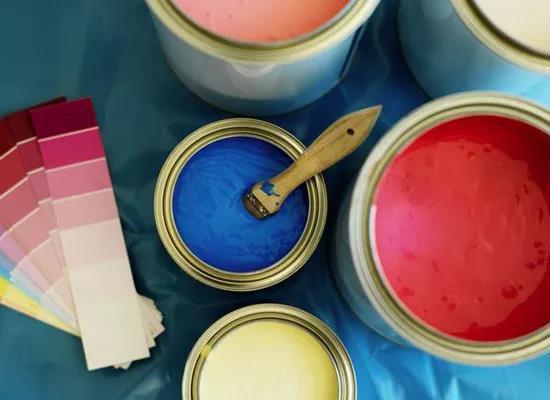 乳胶漆滚涂还是喷涂 为什么我家的涂料报价比别人贵了那么多