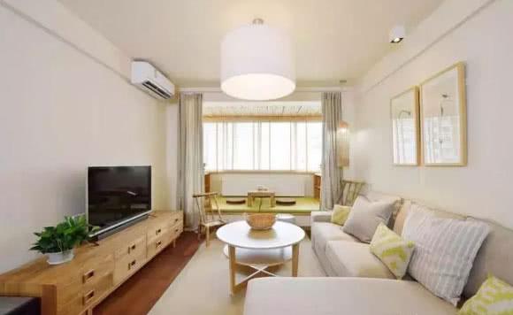 小户型客厅阳台改造成榻榻米 有日式风格的感觉