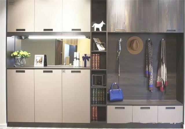 家居收纳从何做起 先设计一个实用的玄关鞋柜