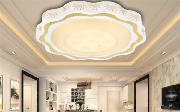 客厅吸顶灯风格怎么选 客厅吸顶灯选购注意事项