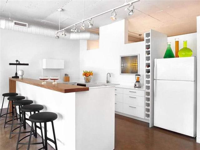 开放式厨房与餐厅一体设计 一个?#21830;?#26377;多种用途