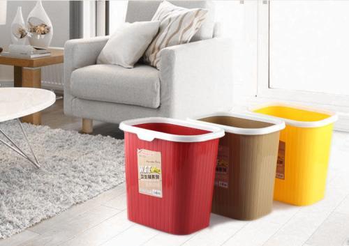 客厅垃圾桶摆放不当会带来什么后果