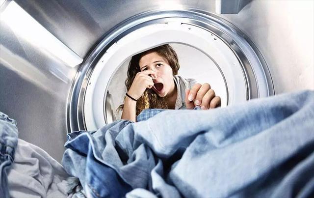 看起来干净的洗衣机,打开像化粪池?该如何清洗